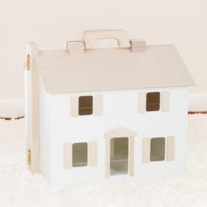 Dollhouses & Doll Furniture